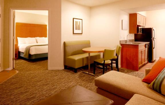 Hyatt-Scottsdale-suite-2